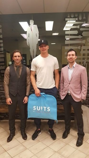 colton-parayko-suits-by-curtis-eliot